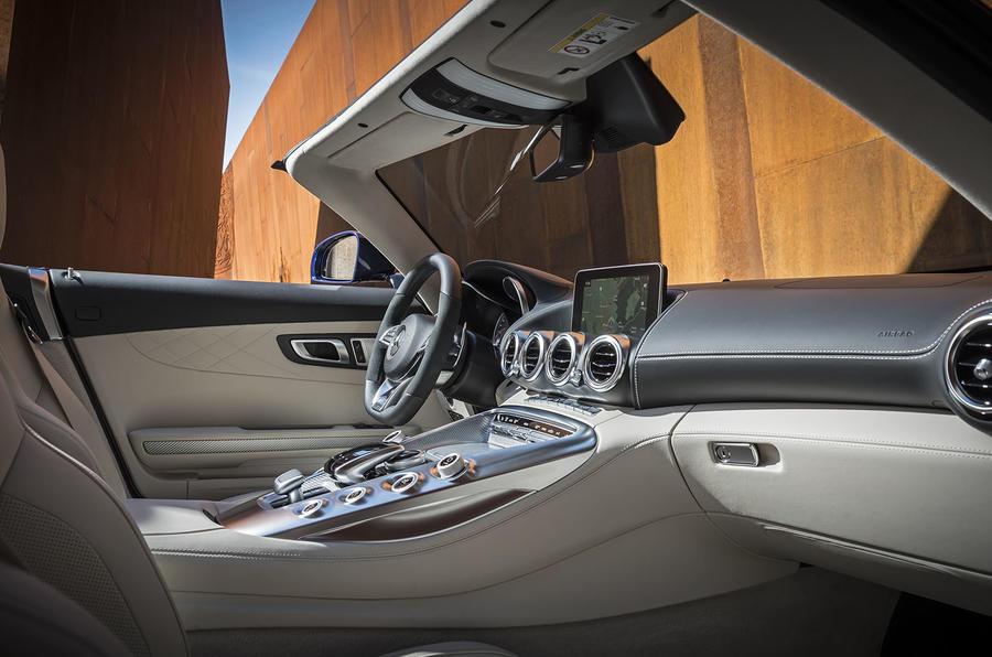 Mercedes-AMG GT Roadster interior