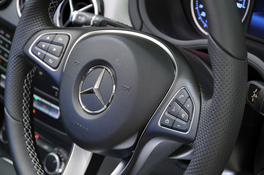 Mercedes-Benz B-Class steering wheel