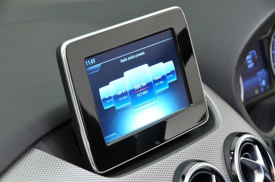 Mercedes-Benz B-Class infotainment
