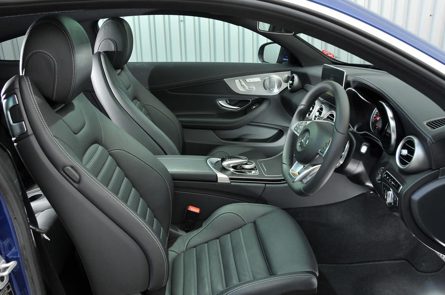 Mercedes-Benz C 250 d Coupé interior