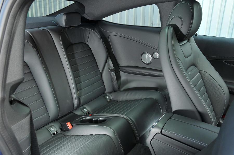 Mercedes-Benz C 250 d Coupé rear seats
