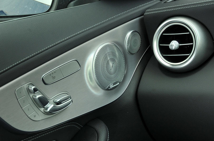Mercedes-Benz C 250 d Coupé speakers