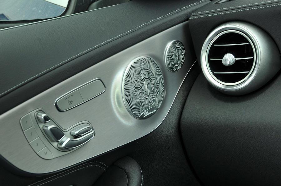 Mercedes-Benz C 250 d Coupé speakers