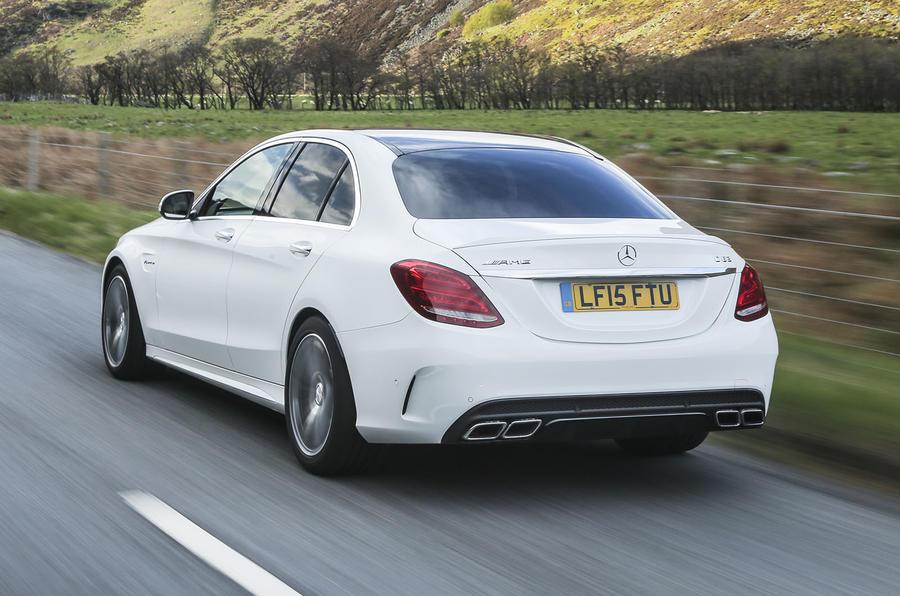 1715kg Mercedes-AMG C 63