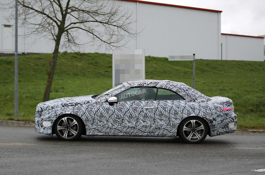 Mercedes E-Class Cabriolet spy