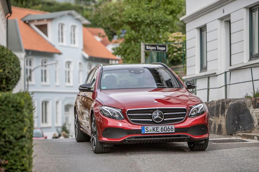 Mercedes-Benz E 220 d Estate front end