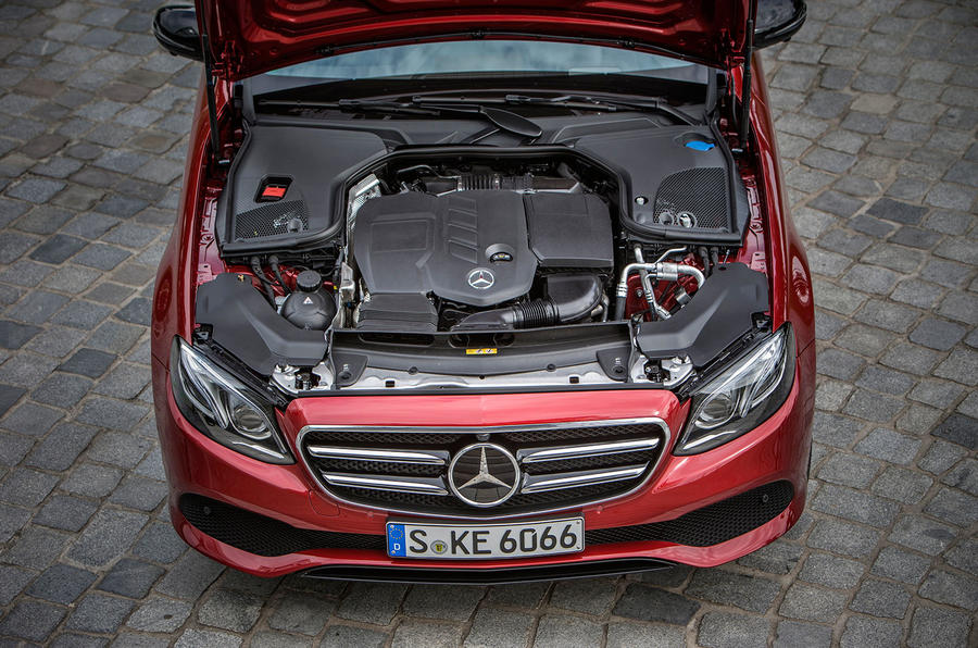 2.1-litre Mercedes-Benz E 220 d diesel engine