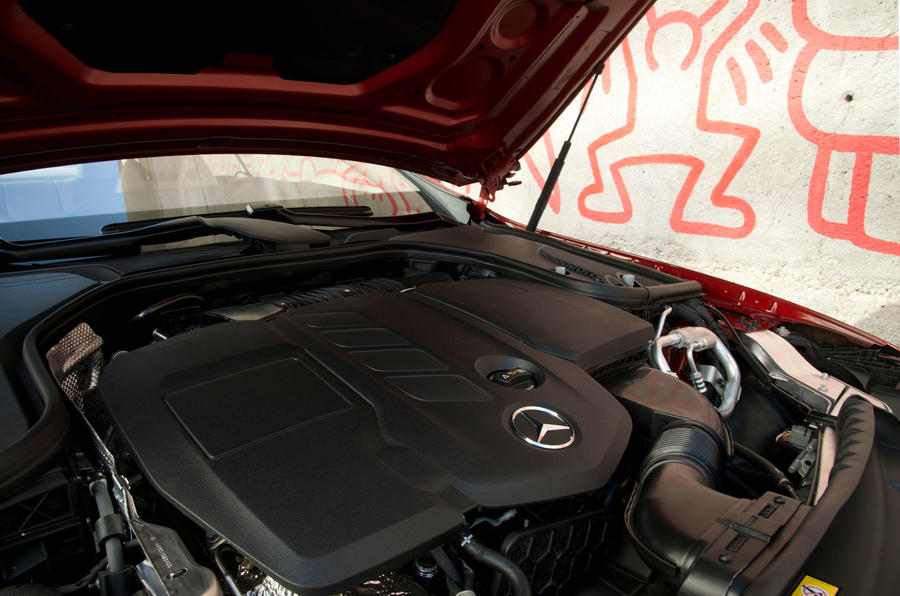Mercedes-Benz E-Class Coupe E 220 d 4Matic engine