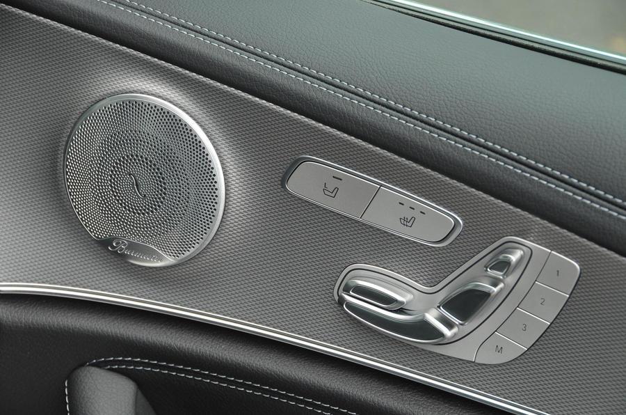 Mercedes-Benz E 350 d Burmeister stereo