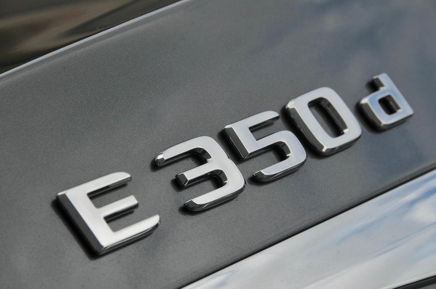 Mercedes-Benz E 350 d badging