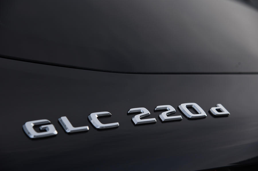 Mercedes-Benz GLC 220 d badging