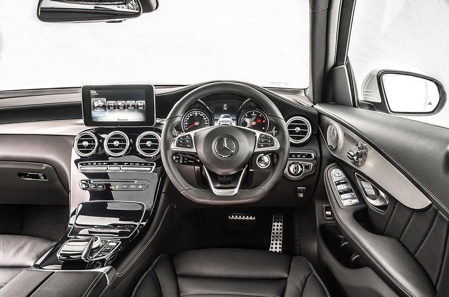 Mercedes-Benz GLC 250 d dashboard