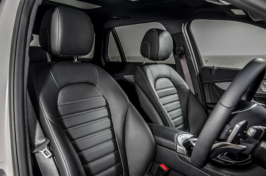 Mercedes-Benz GLC 250d front seats