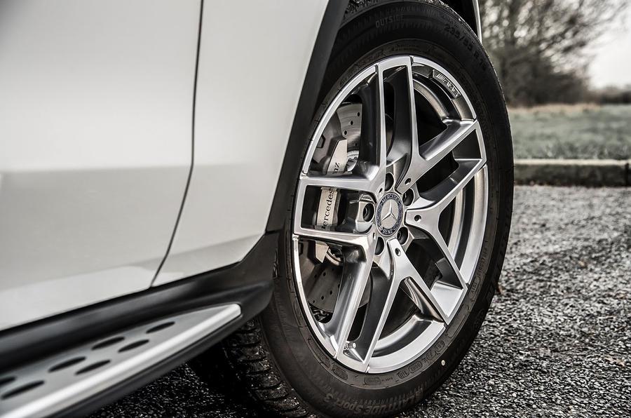 17in Mercedes-Benz GLC 250 d alloy wheels