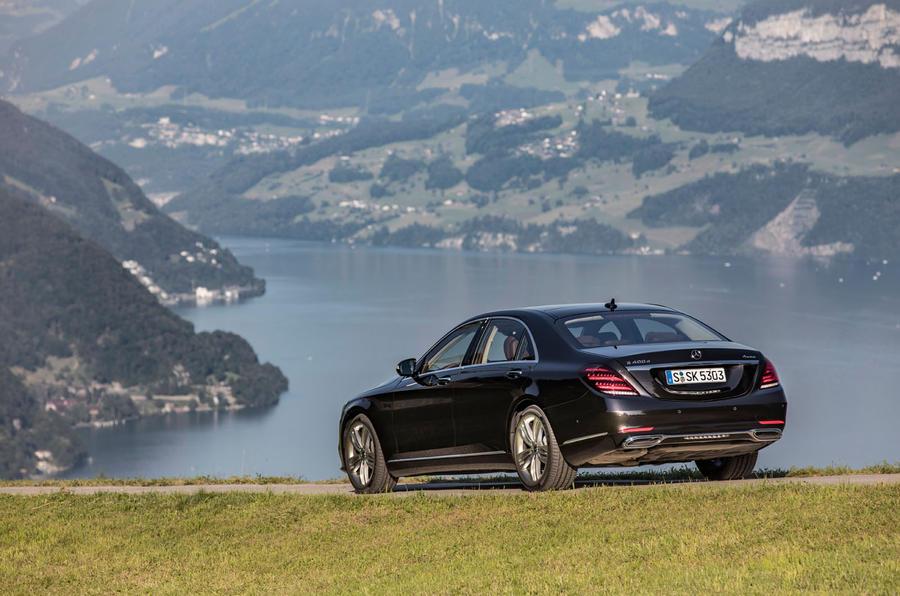 Mercedes-Benz S400d 4Matic rear