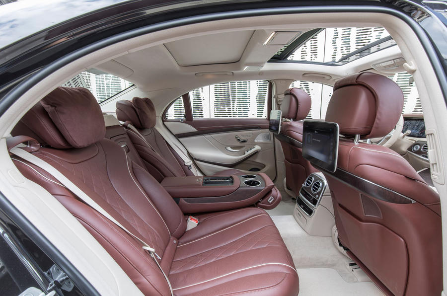 Mercedes-Benz S400d 4Matic reclined rear seats