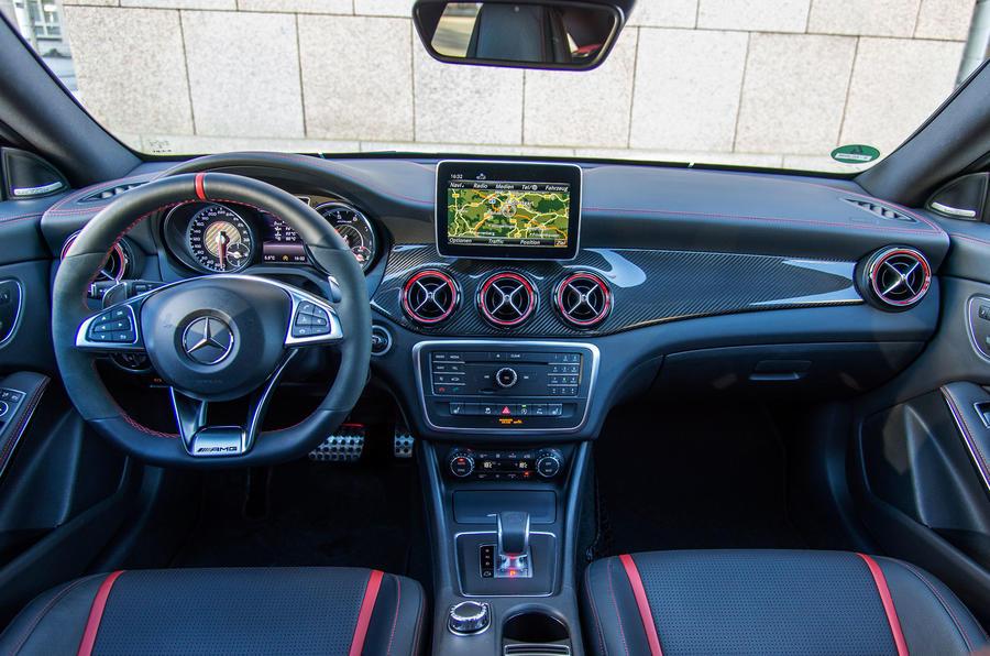 Mercedes-AMG CLA 45 interior