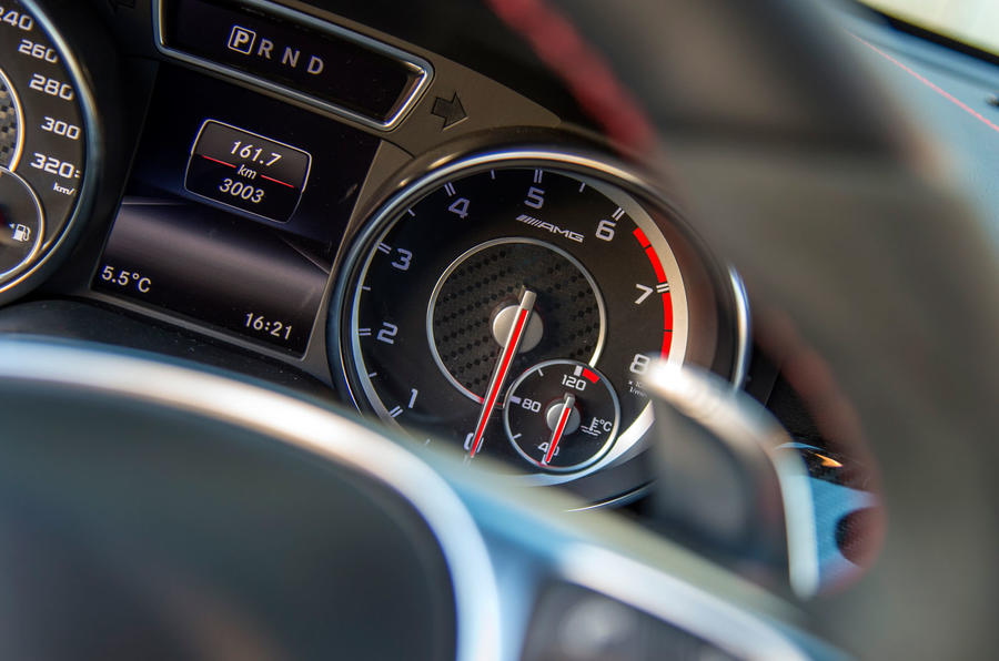 Mercedes-AMG CLA 45 paddle shifters