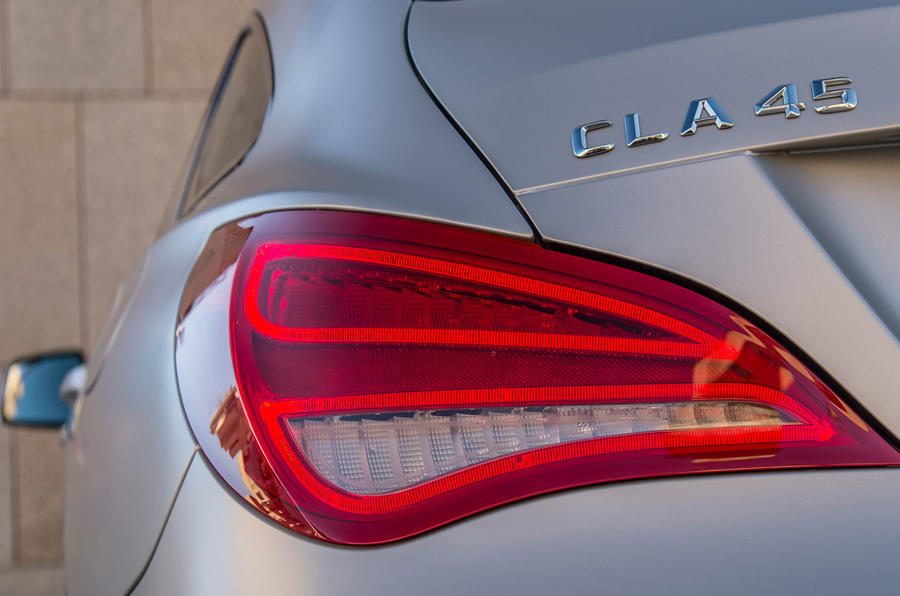 Mercedes-AMG CLA 45 Shooting Brake rear lights