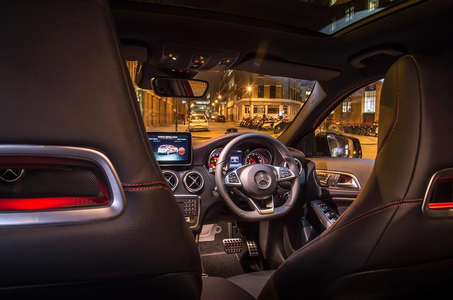 Mercedes-Benz A 200 d interior