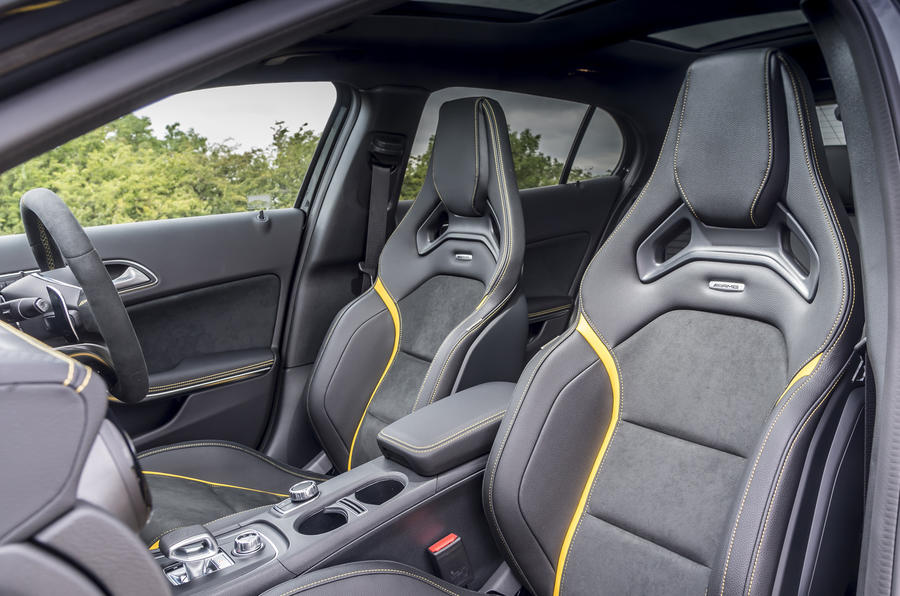 Mercedes-AMG GLA 45 performance seats
