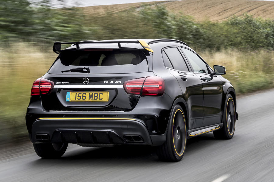 2017 Amg Gla 45 Mercedes Benz >> Mercedes Amg Gla 45 4matic Yellow Night Edition 2017 Review