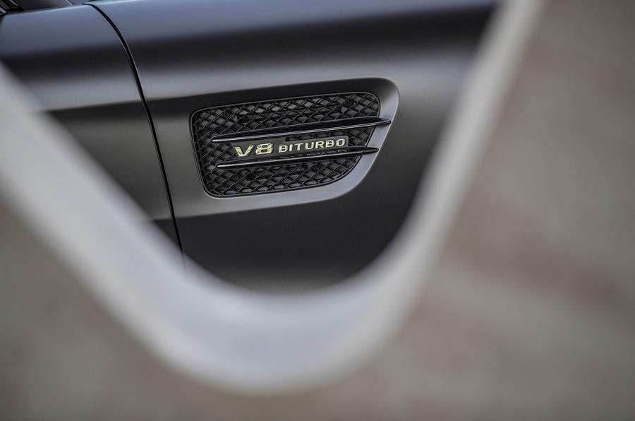Mercedes-AMG GT C badging