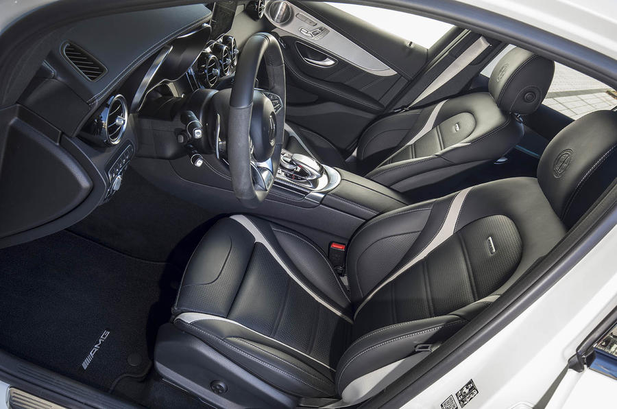 Mercedes-AMG GLC 63 S Coupé interior
