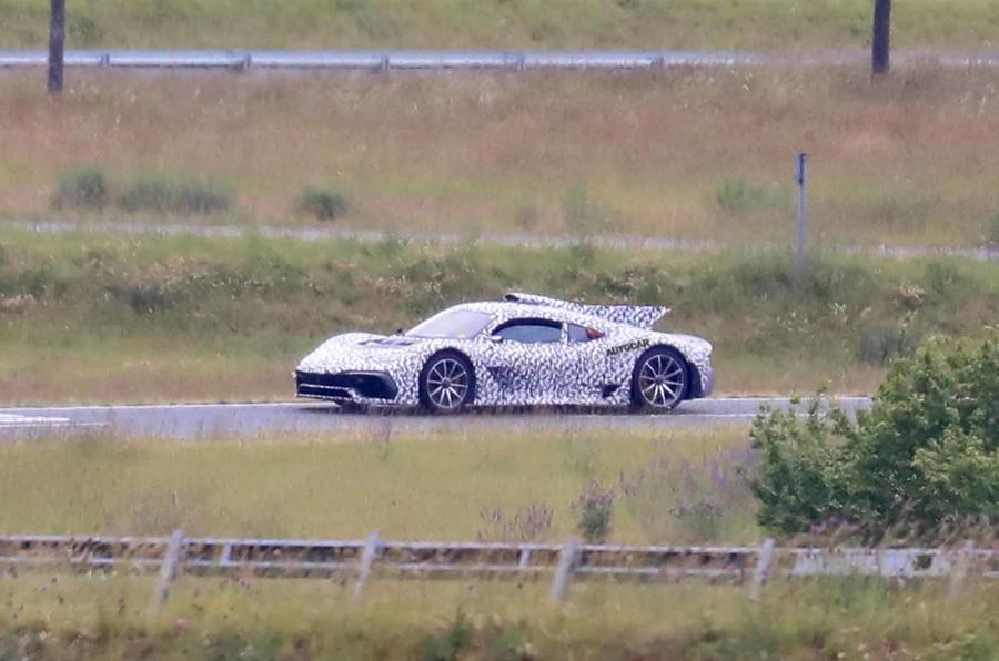 Mercedes AMG One Spyshots mặt trước