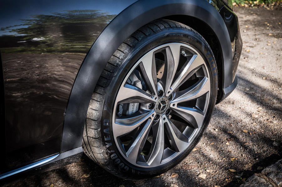 Mercedes-Benz E-Class All-Terrain alloy wheels