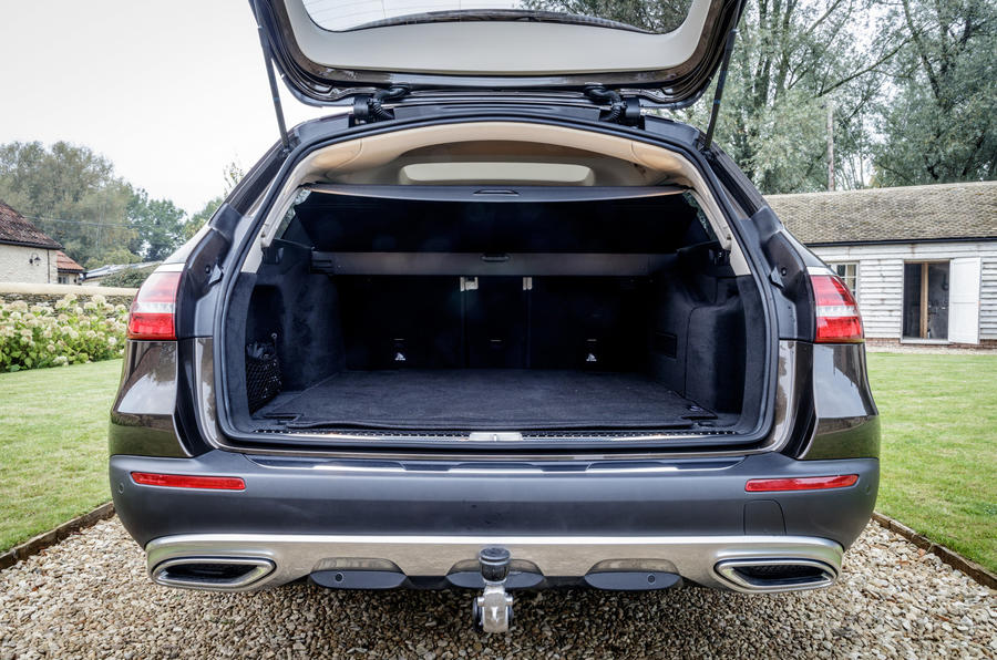 Mercedes-Benz E-Class All-Terrain boot space
