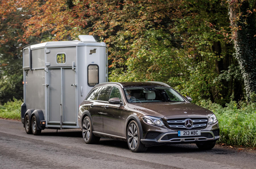 Mercedes-Benz E-Class All-Terrain towing