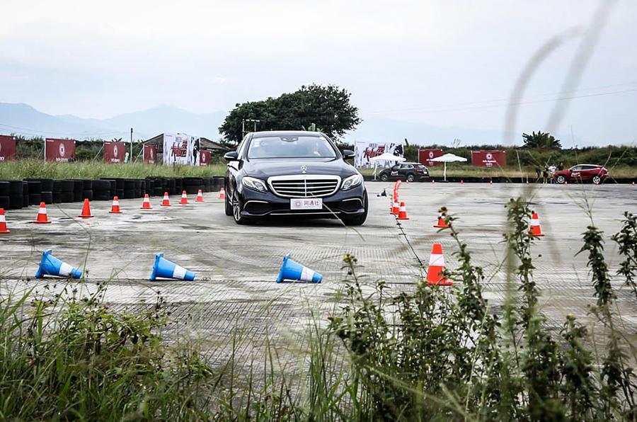 Mercedes-Benz E-Class L cornering