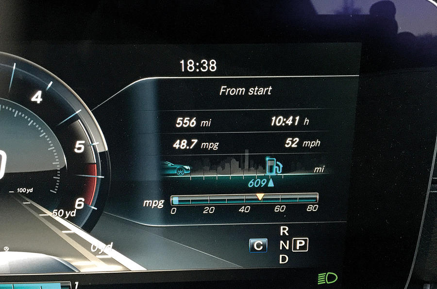 Mercedes-Benz E-Class Estate fuel readout