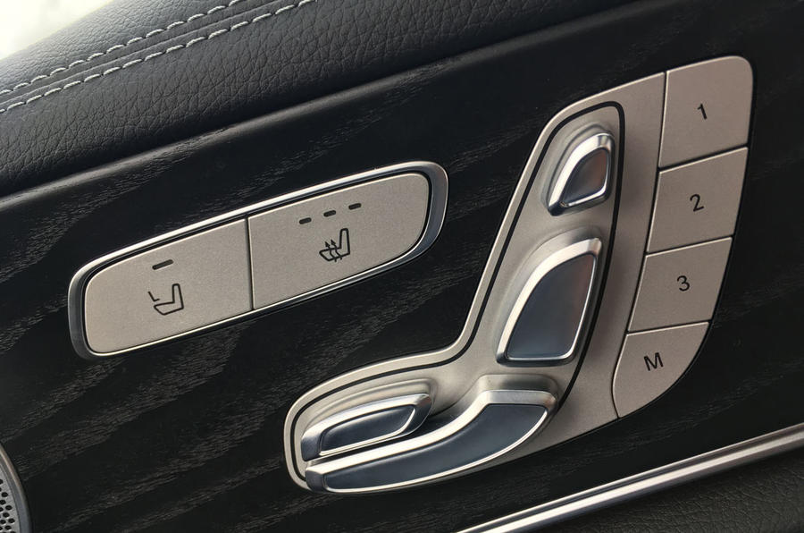 Mercedes-Benz E-Class Estate electrically adjustable seats