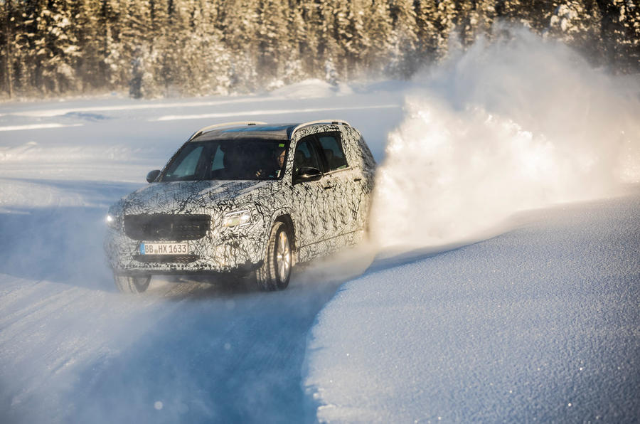 Mercedes-Benz GLB prototype ride 2019 - snow bank cornering