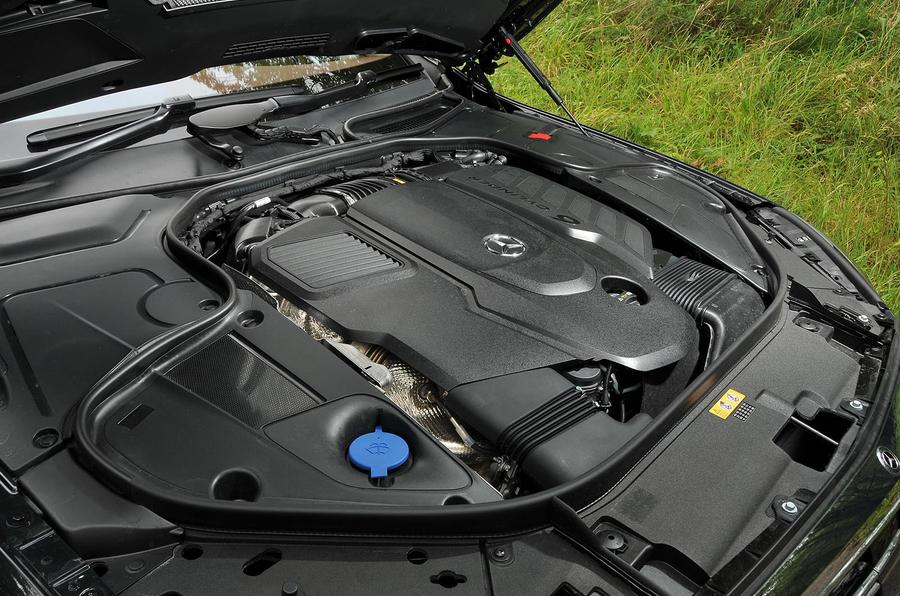 2.9-litre Mercedes-Benz S350d diesel engine