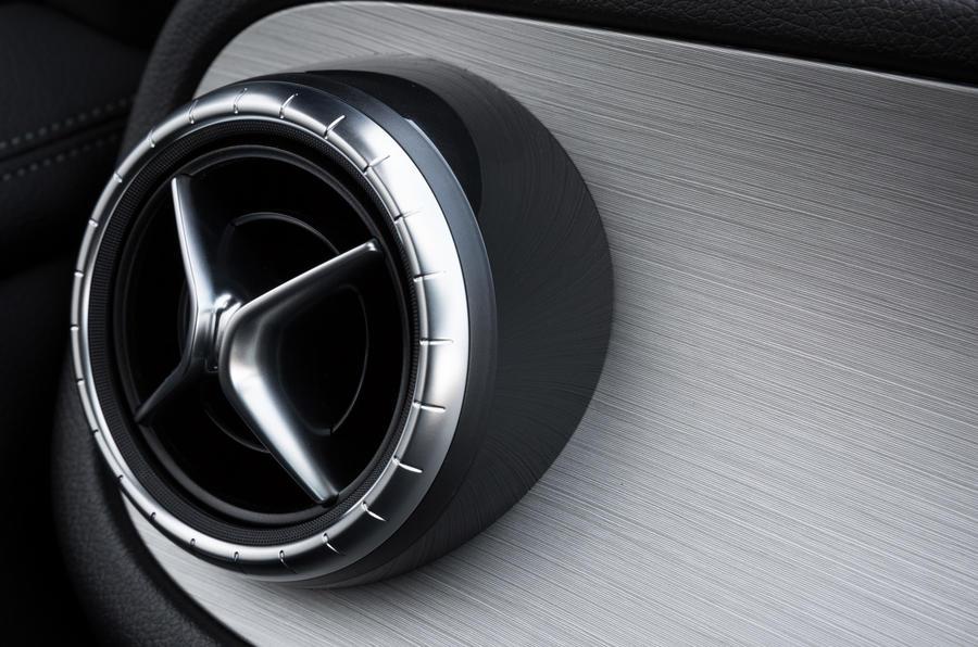 Mercedes-Benz X-Class air vents