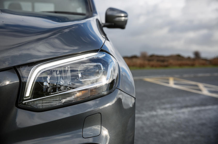 Mercedes-Benz X-Class LED headlights