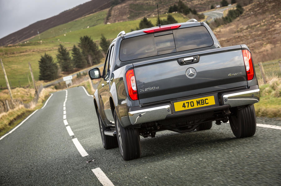 Mercedes-Benz X-Class rear cornering