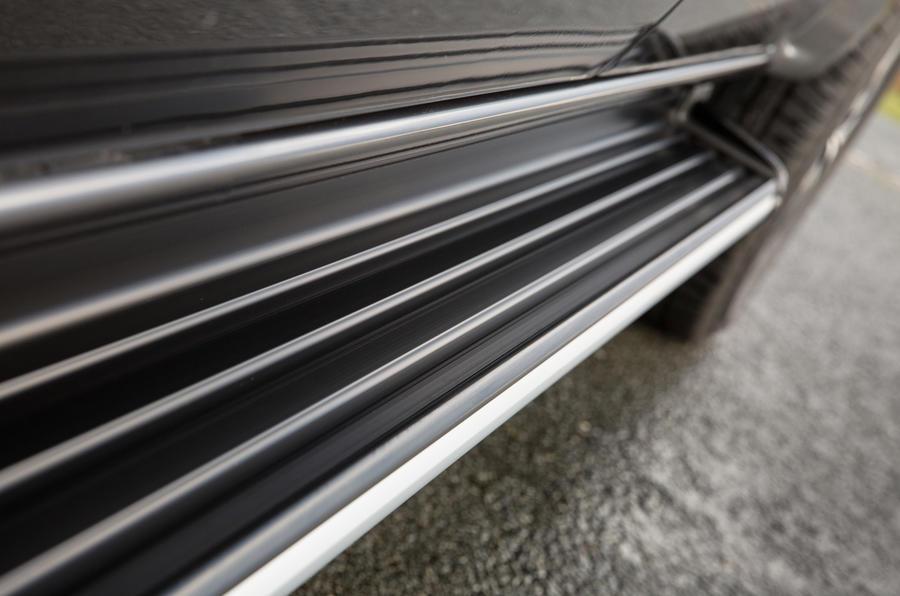 Mercedes-Benz X-Class side steps