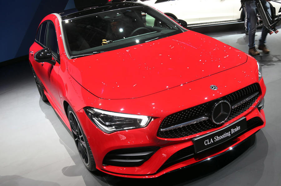 Mercedes CLA Shooting Brake Geneva press stand - front