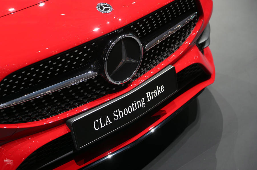 Mercedes CLA Shooting Brake Geneva press stand - bumper