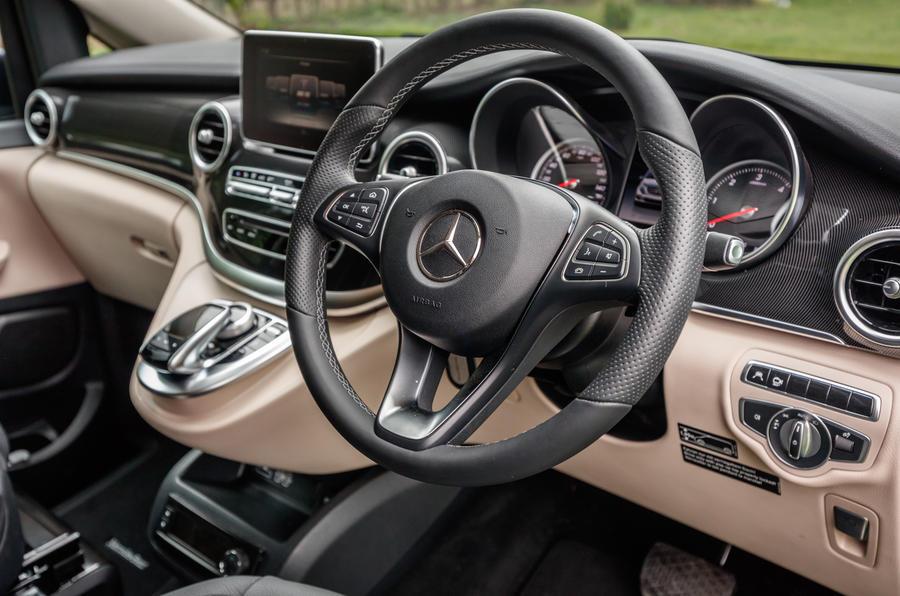 Mercedes-Benz Marco Polo dashboard