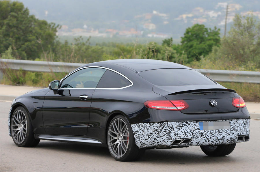 2018 mercedes benz c class coupe facelift spotted autocar. Black Bedroom Furniture Sets. Home Design Ideas