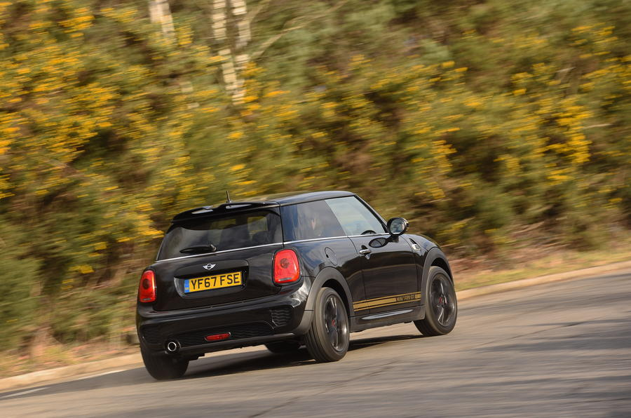 rear cornering mini 1499 gt