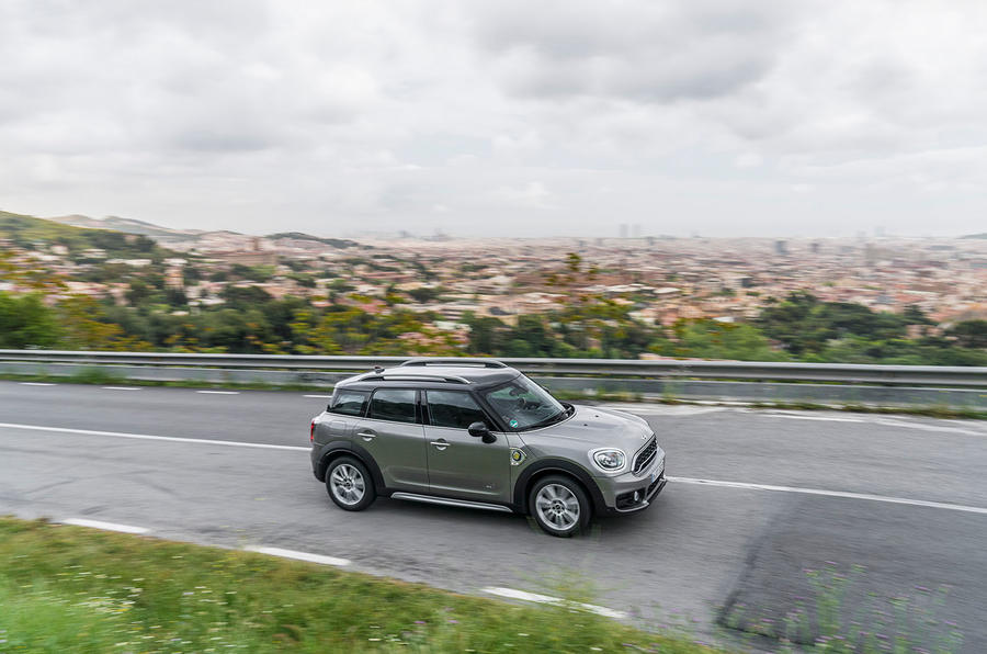 Mini Countryman S E Cooper All4 on the road