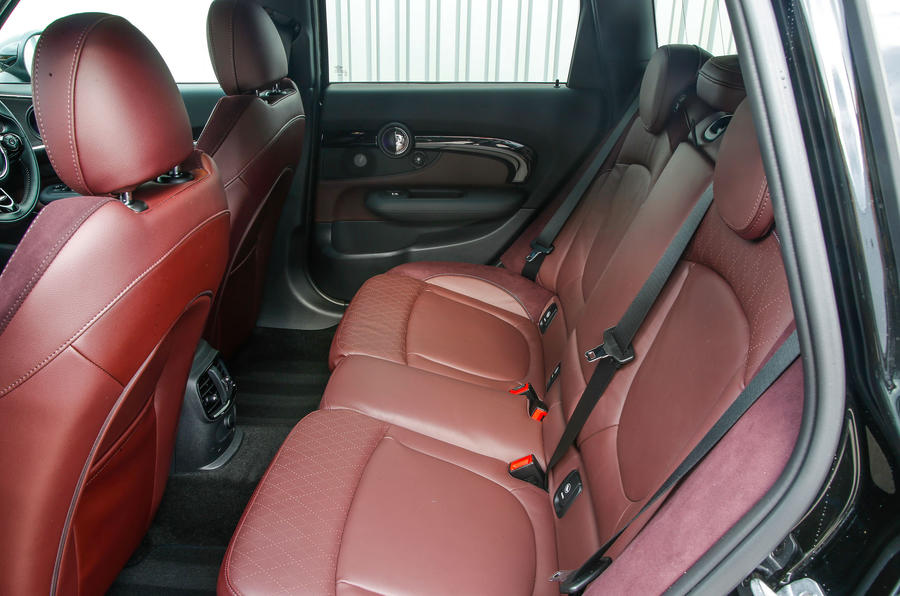 Mini Cooper S All4 Clubman rear seats