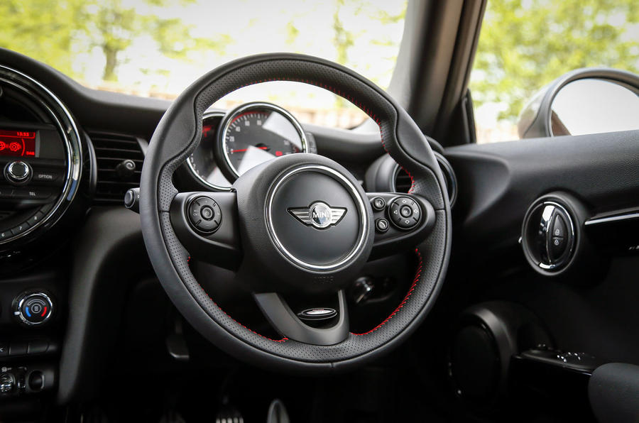 Mini JCW Challenge dashboard