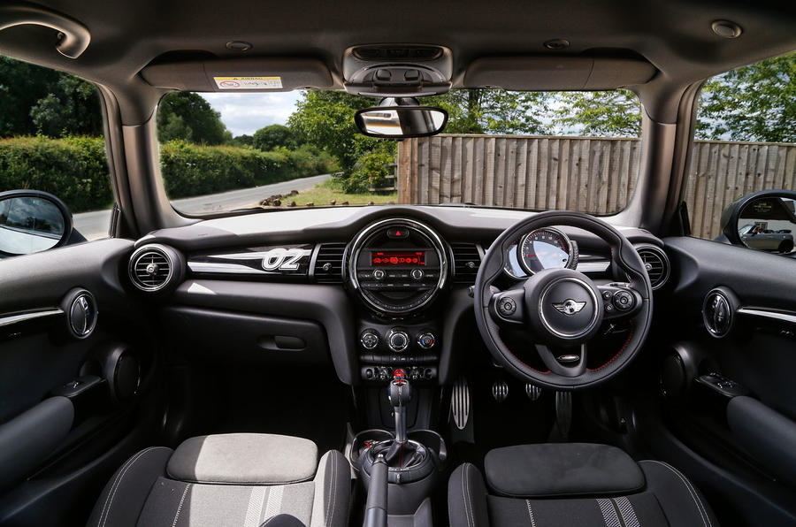Mini JCW Challenge full dashboard